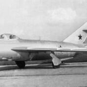 Frontjagdflugzeug MiG-17